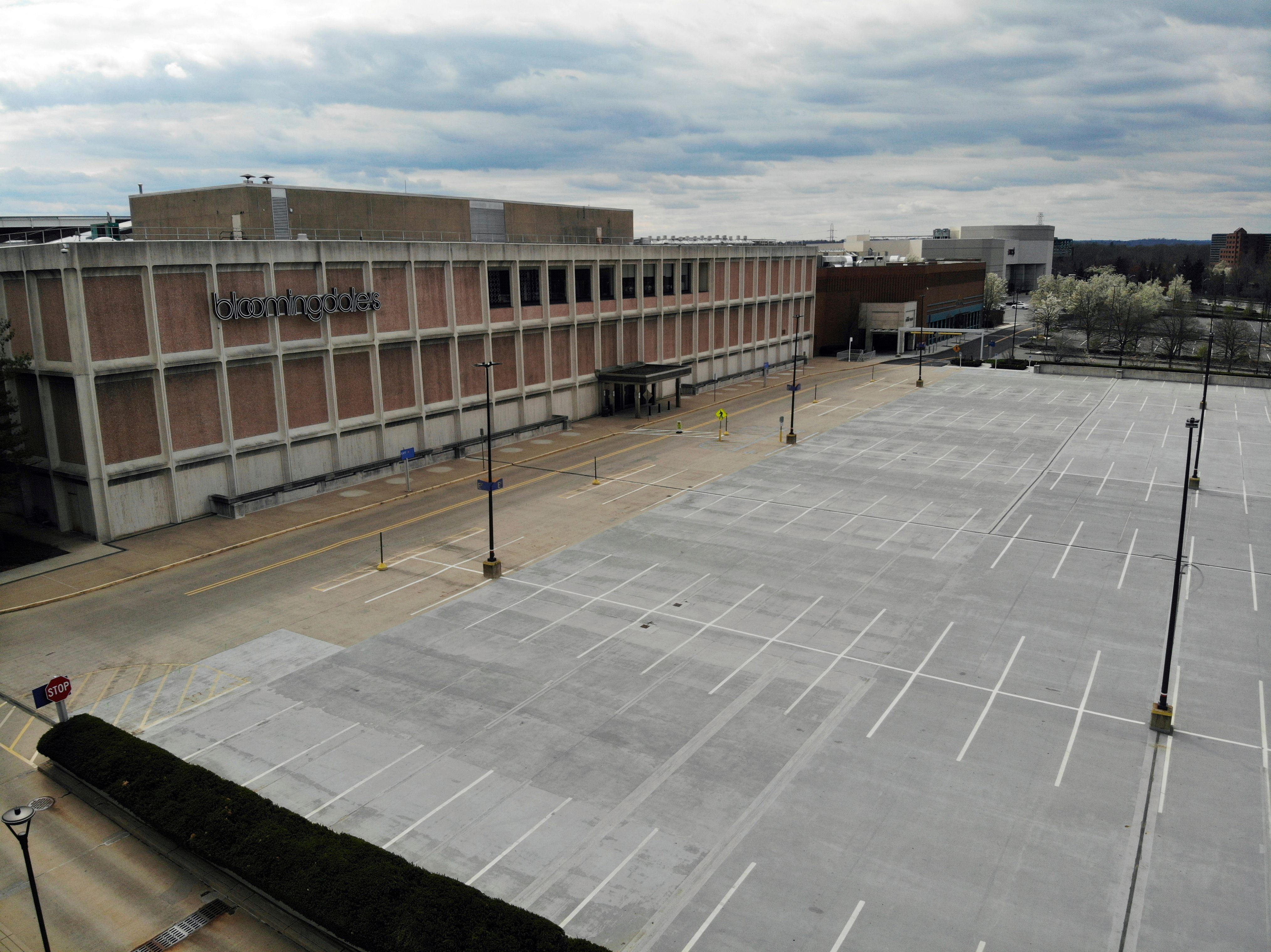 empty parking lot Bloomingdale's The Mall at Short Hills