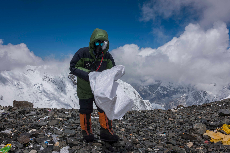 Bally Peak Outlook_Mount Everest_Clean Up (2).jpg
