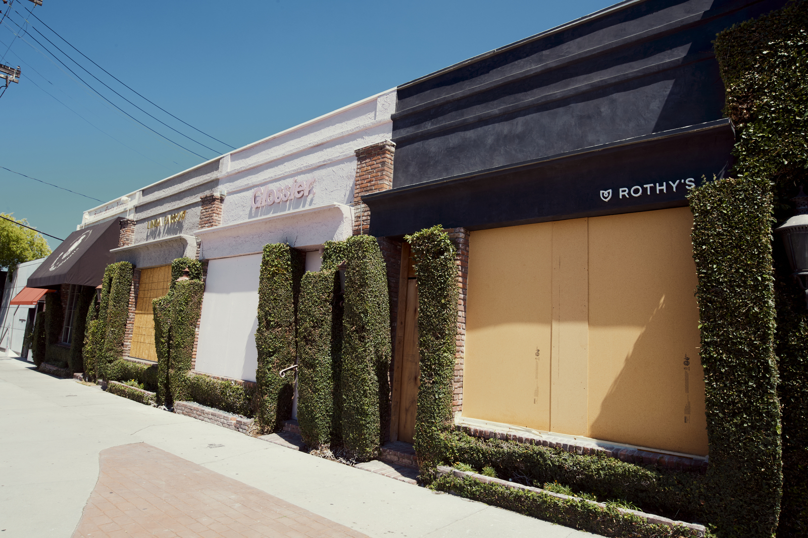 Stores on Melrose Place in Los Angeles experience a drop in popularity due to COVID-19.