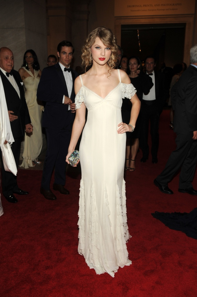 Taylor Swift attends the Metropolitan Museum of Art's 2010 Costume Institute gala.