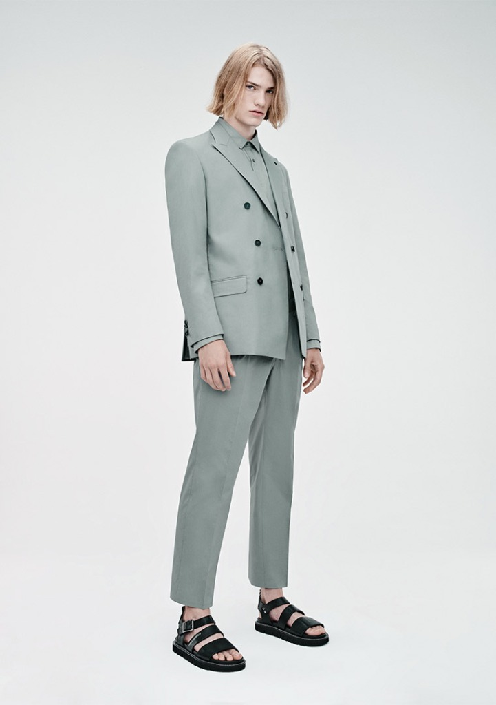 A look from the Karl Lagerfeld men's spring 2021 collection.
