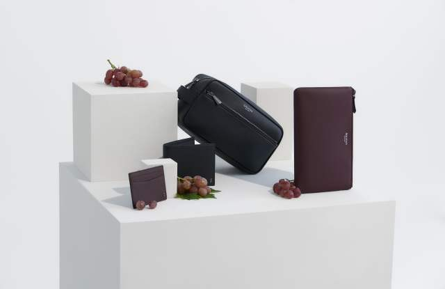 The Serapian Grape eco-leather capsule collection.