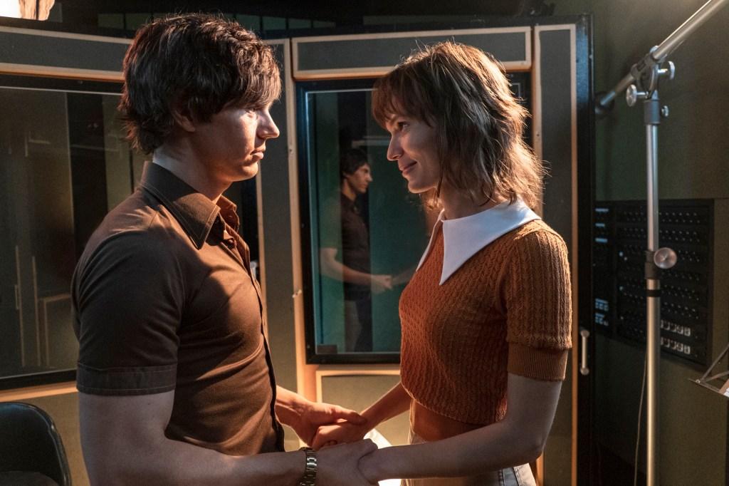 "Evan Peters and Tilda Cobham-Hervey in ""I Am Woman"""