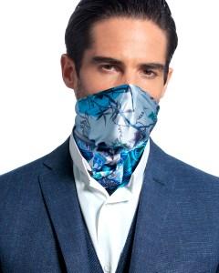 The face mask scarf hybrid by Bayland.