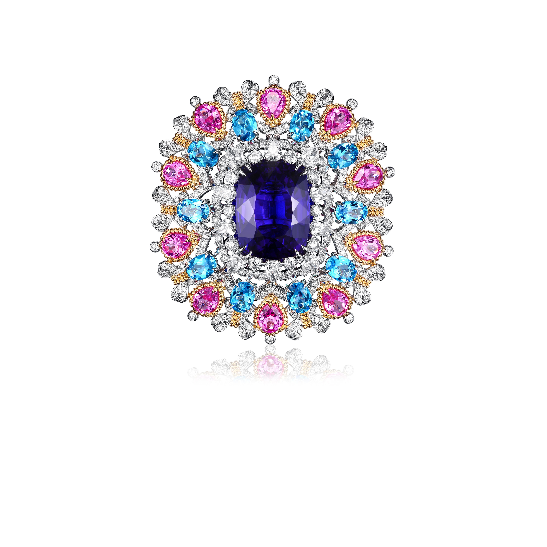 Fabergé piece by James Ganh
