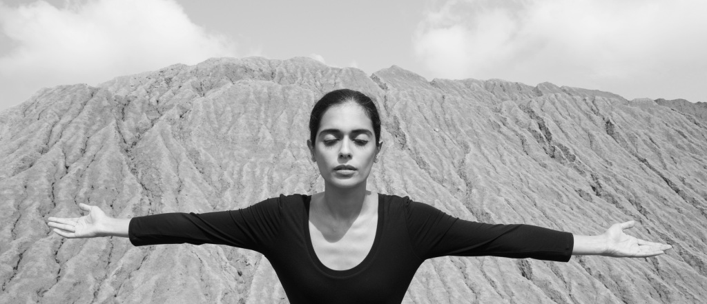 Shirin Neshat. Untitled, from Roja Series, 2016. Black and white photograph 17 x 7 1⁄4 (image size). 19 x 13 inches (paper size). Courtesy of the artist.