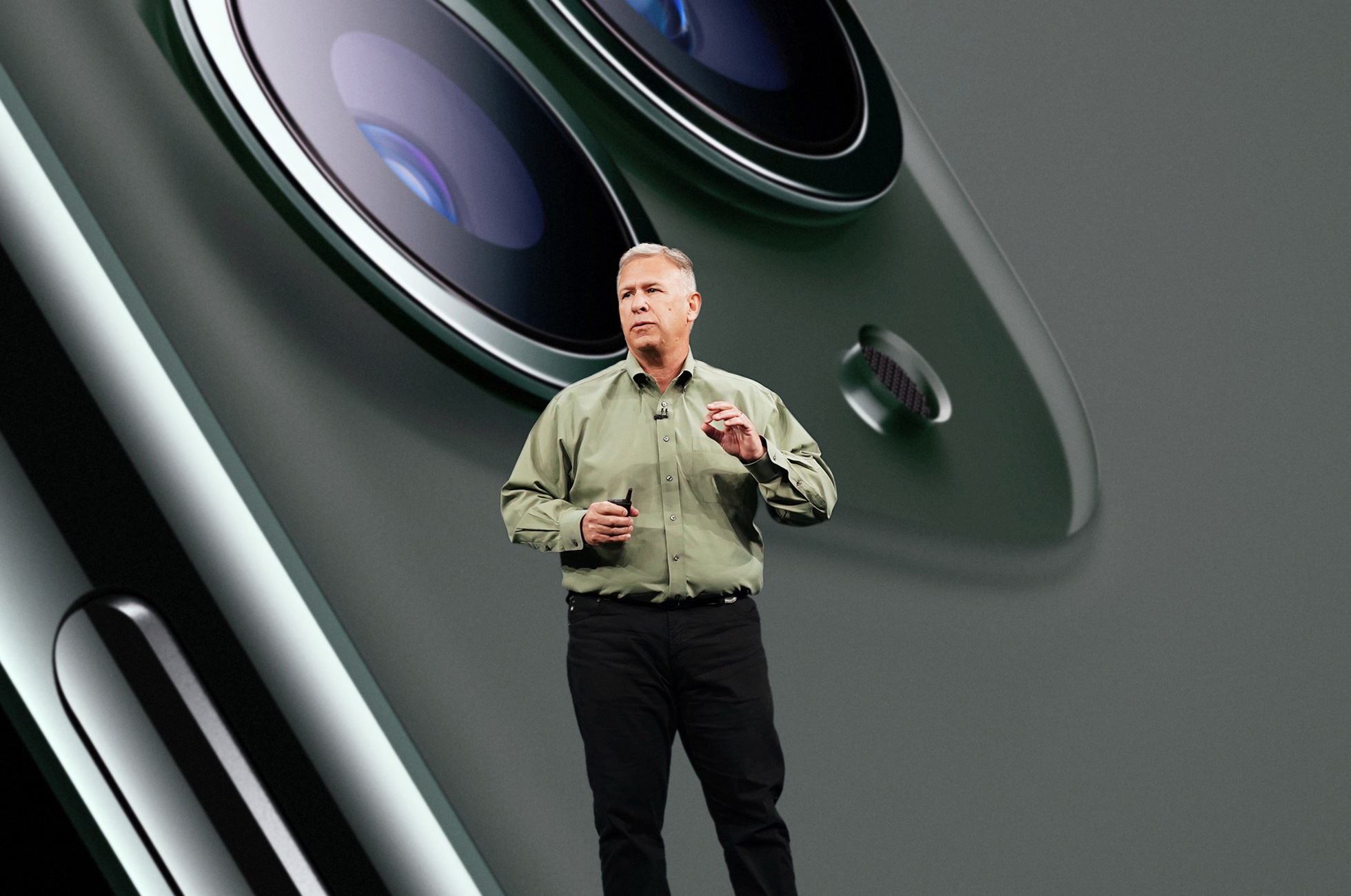 Apple senior vice president Phil Schiller leaves marketing role, transitions to Apple Fellow.