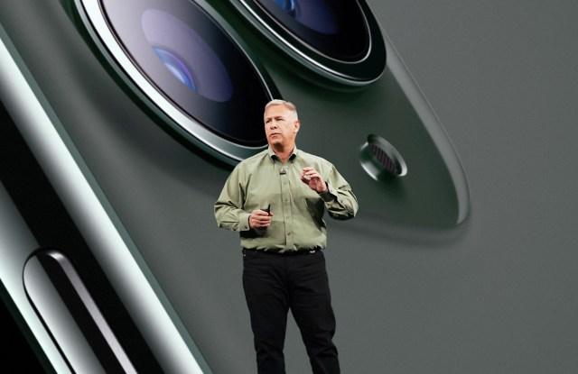 Apple senior vice president Phil Schiller leaves marketing role, transitions to Apple Fellow.