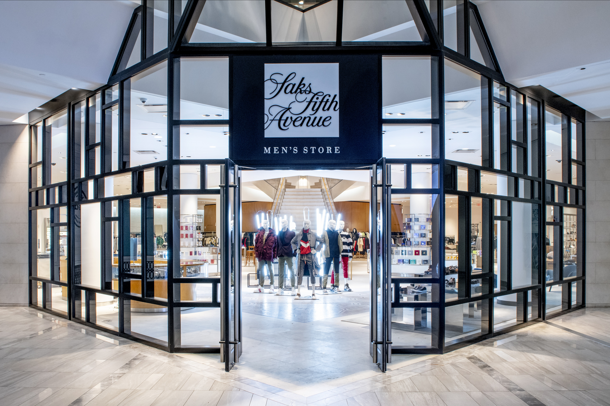 Saks Opens Stand-alone Men's Store in