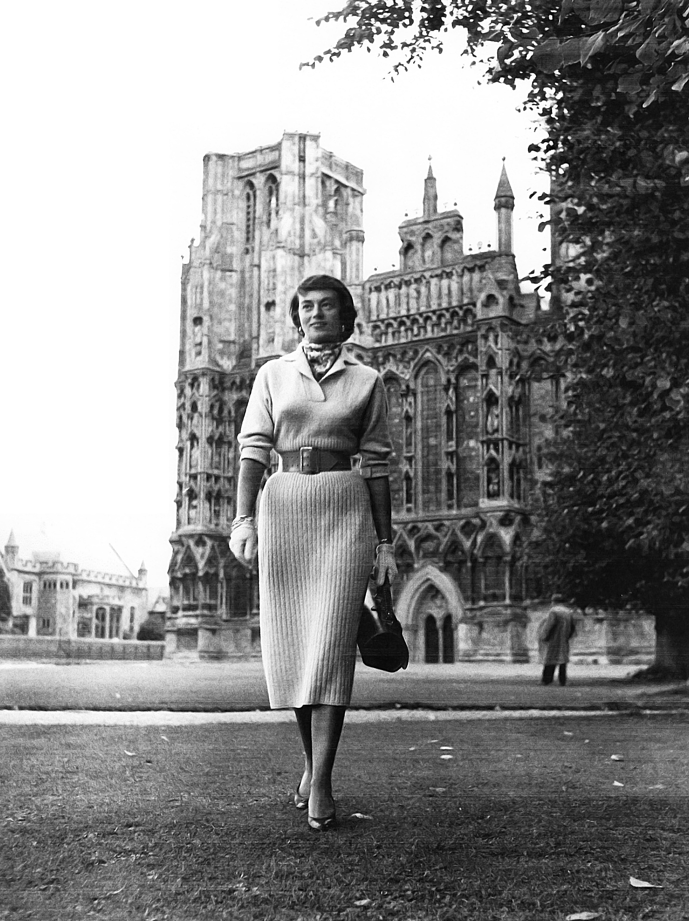 Edith Raymond Locke in front of Notre Dame.