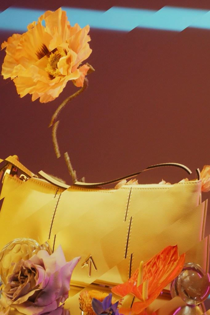 Manu Atelier's new 'Pita' bag style