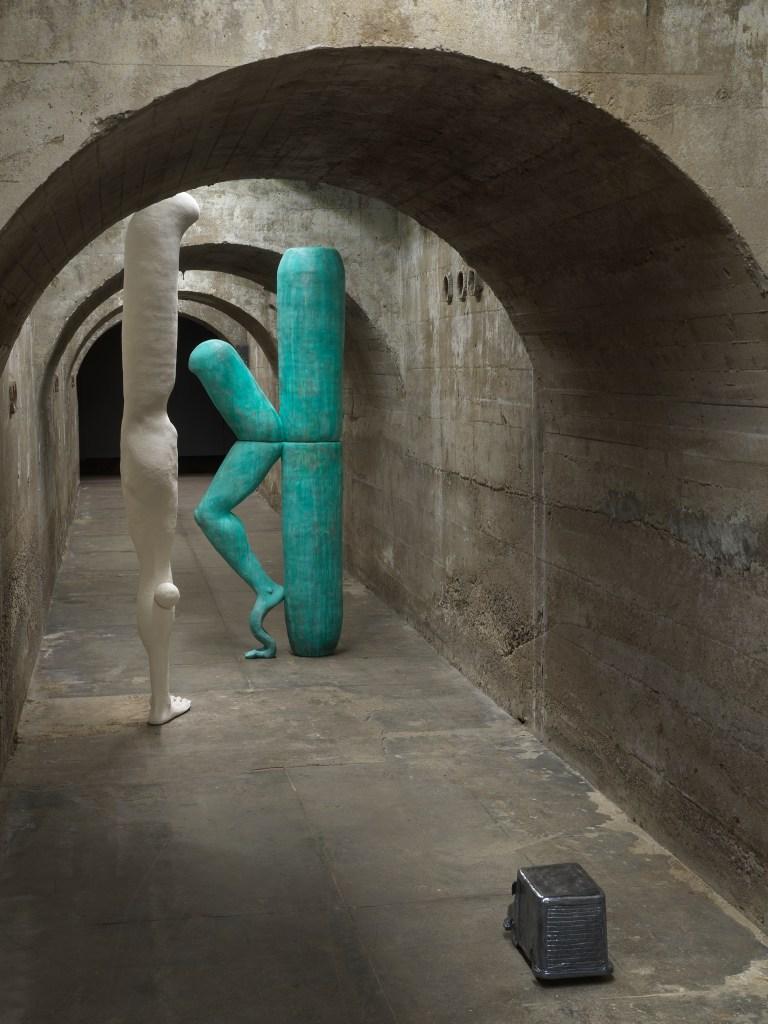 Jesse Wine: Imperfect List, installation view, SculptureCenter, New York, 2020.