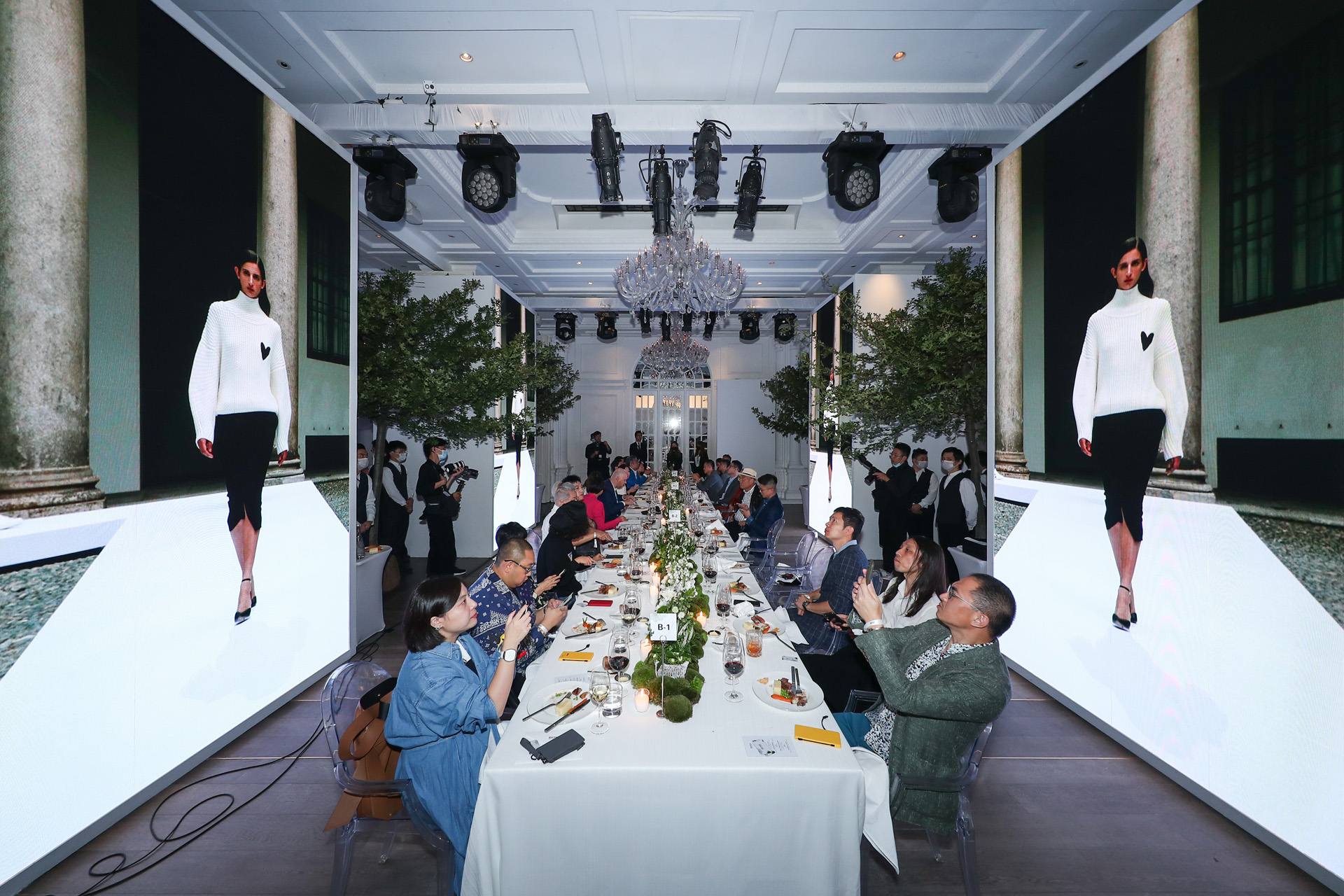 Hugo Boss gala dinner in Shanghai, where guests can watch the live streaming while the dinner proceed.