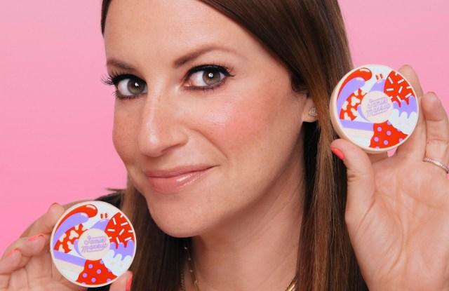 Kaley Cuoco, Rashida Jones and Chelsea Handler Support Jamie Greenberg's New Cosmetics Line