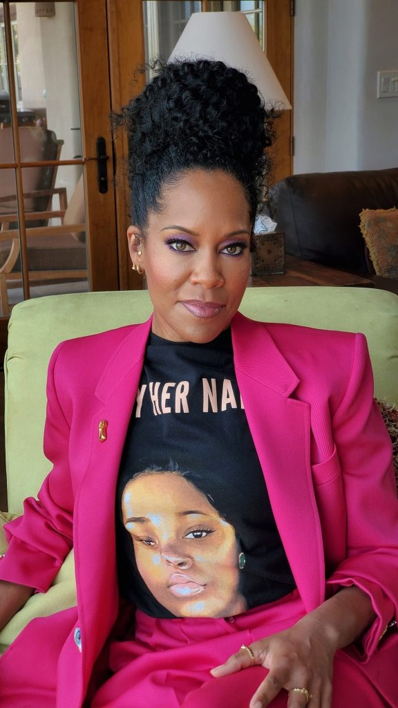 Regina King in Schiaparelli.