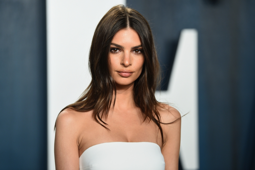Emily Ratajkowski Is Expecting Her First Child