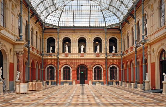 Inside the École des Beaux-Arts