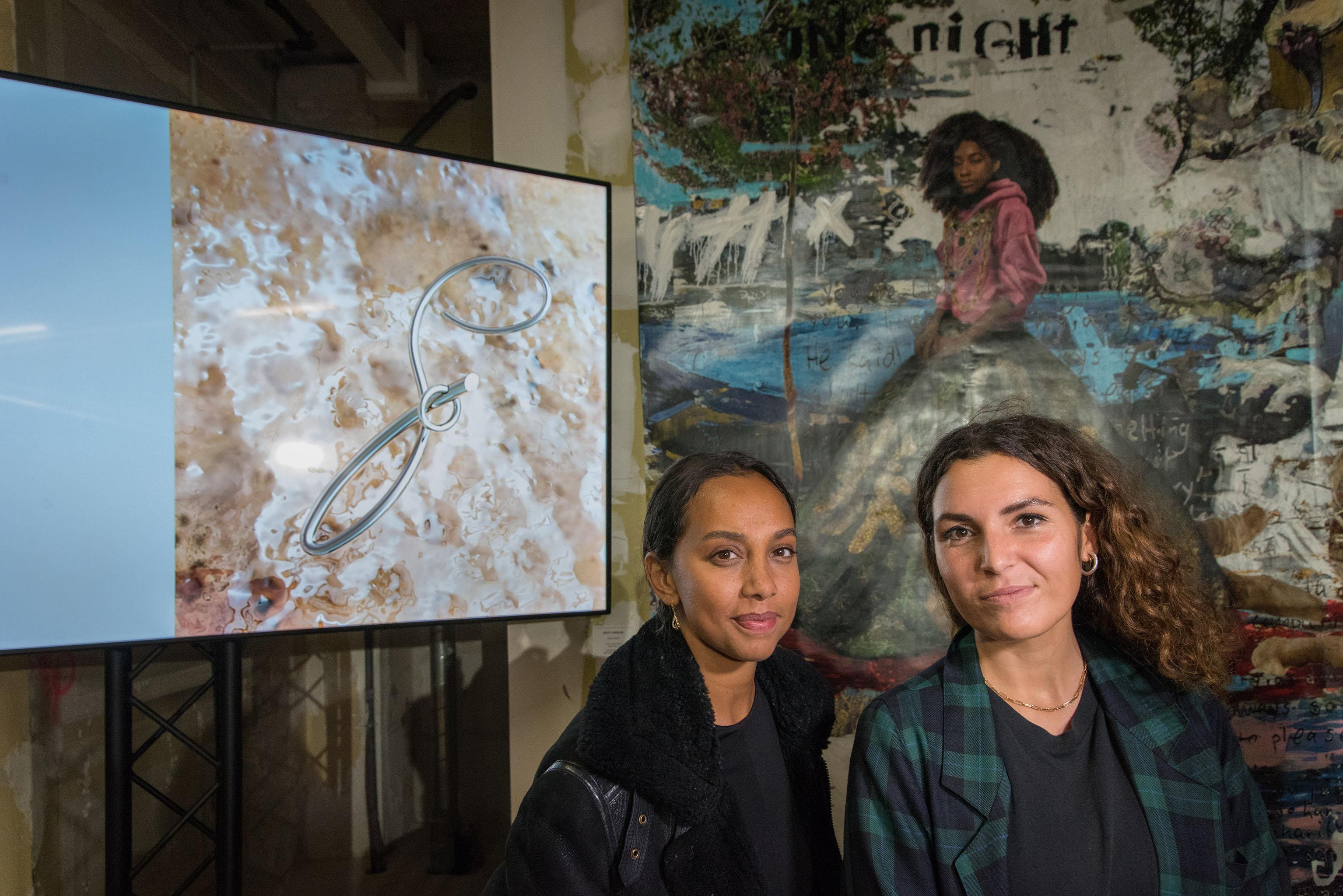 Flora Fixy and Julia Dessirie