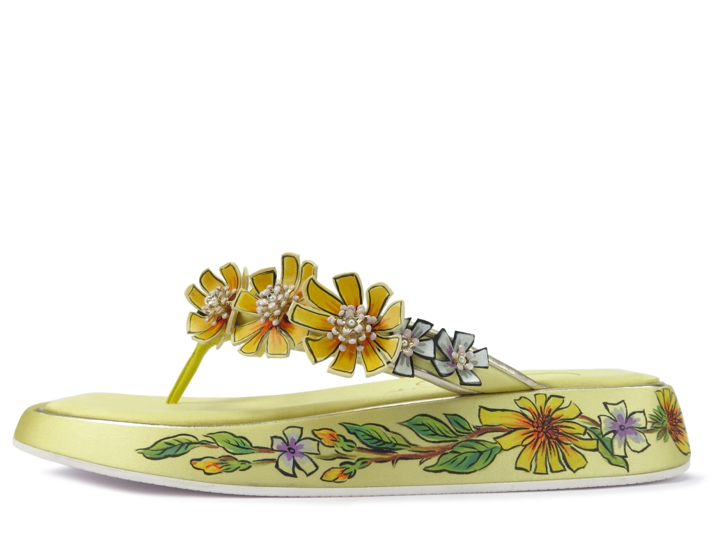 A Roger Vivier spring 2021 style