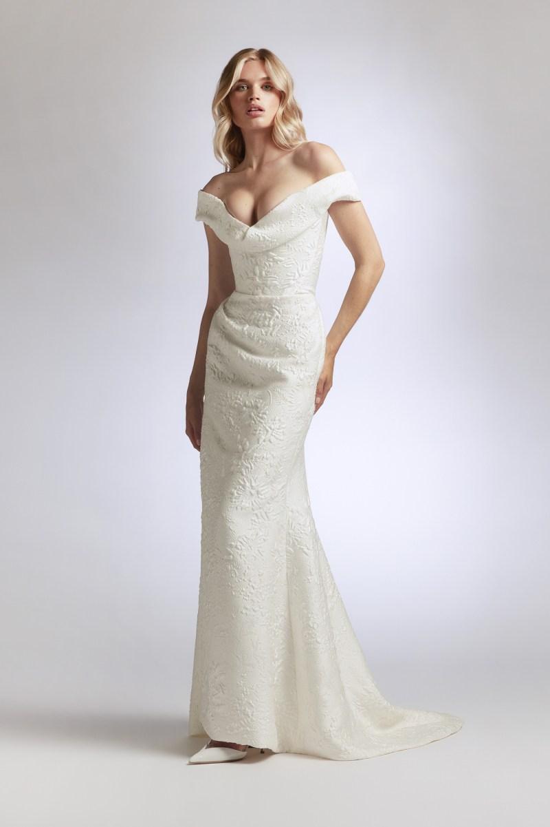 https://wwd.com/wp-content/uploads/2020/10/vw-bridal-2021-005.jpg?w=800