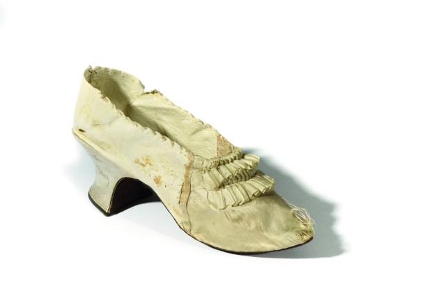 Marie-Antoinette's shoe.