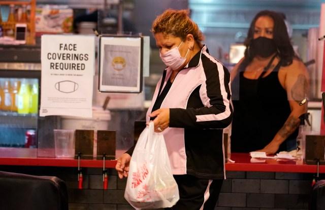 L A California Coronavirus News Cases Grow Lockdown Possibility Wwd