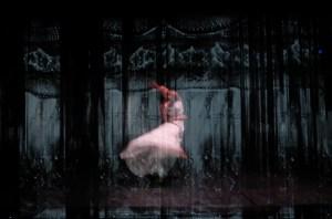 Alaïa dance performance