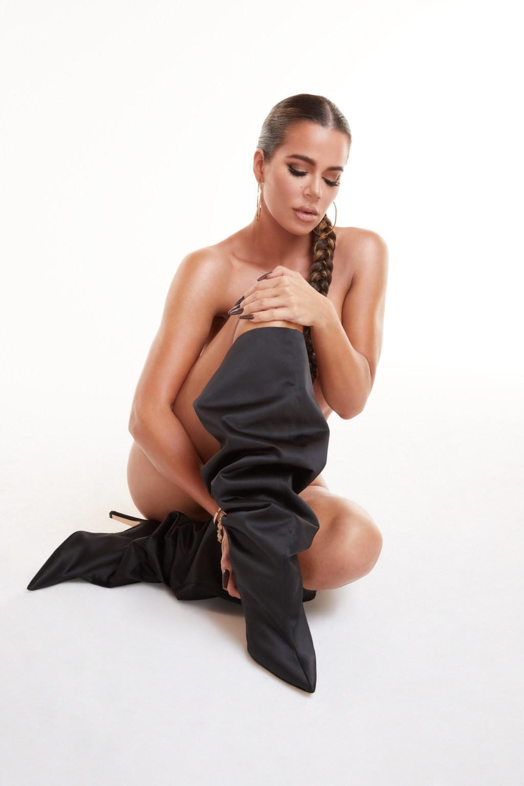 Khloé Kardashian in Good American's OOO boots.