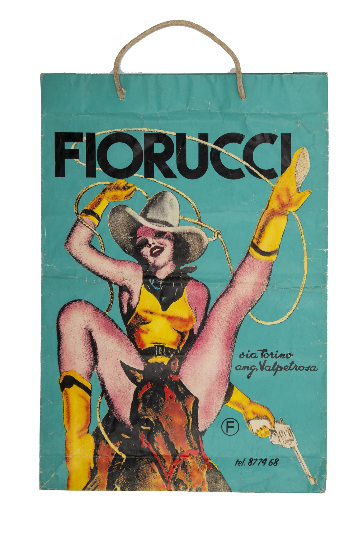 FIORUCCI-shopping-bag-Cowgirl-negozio-Via-Torino-Milano-1974