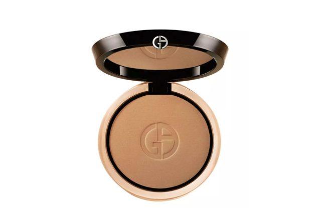 giorgio armani beauty luminous silk compact, makeup for women over 50