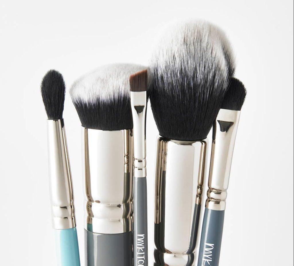 Best Makeup Brush Sets Of 2021 For