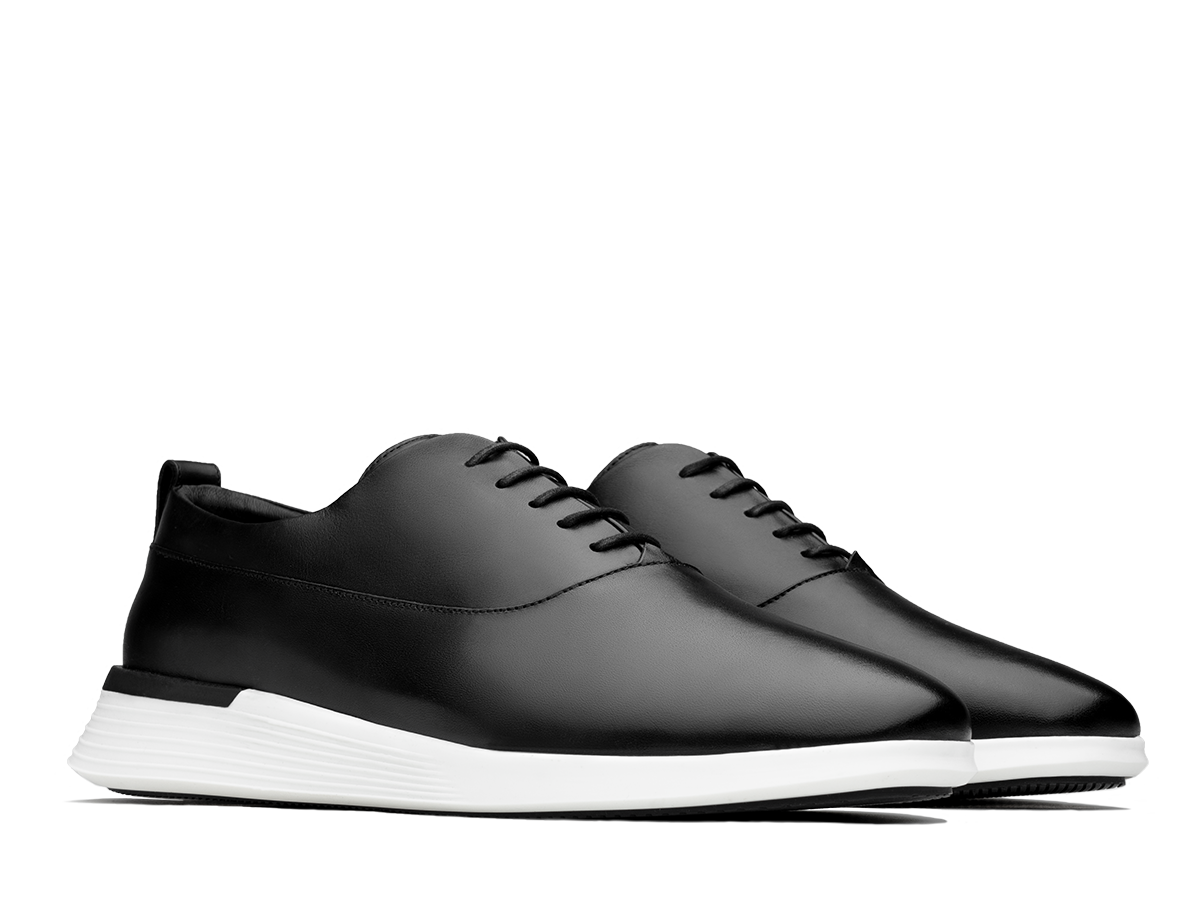 Wolf & Shepherd Crossover Longwing shoe