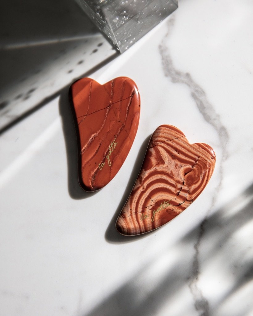 """25 Unexpected Ways To Say """"I Love You"""" this Valentine's Day, La Gotta Red Agate Gua Sha"""