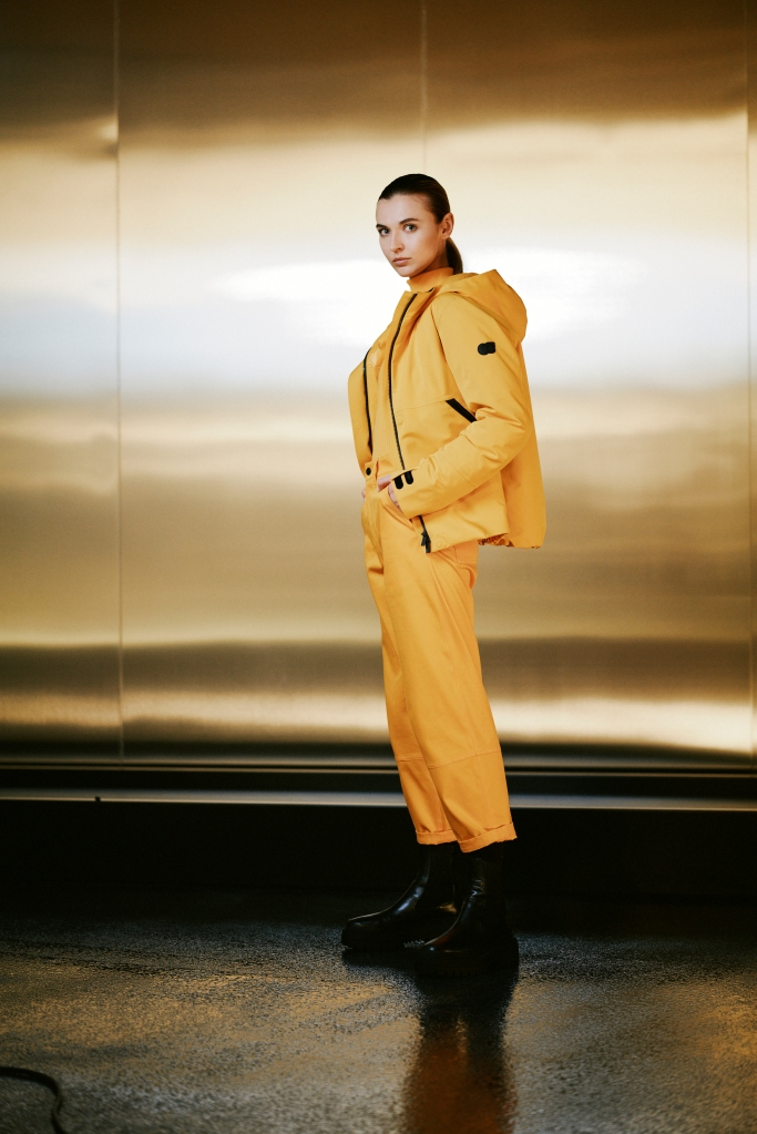 A women's look from the AlphaTauri fall 2021 collection.
