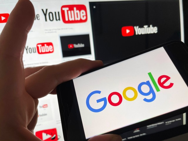 Photo by: STRF/STAR MAX/IPx 2021 2/3/21 Google stock price soars on strong earnings from YouTube Ad revenue. STAR MAX Photo: Google and Youtube logos photographed on Apple devices.