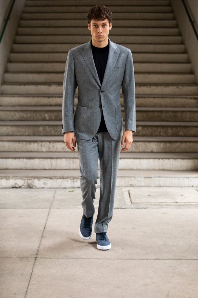 A suit crafted from Reda Active's jersey knit fabric for spring 2022.