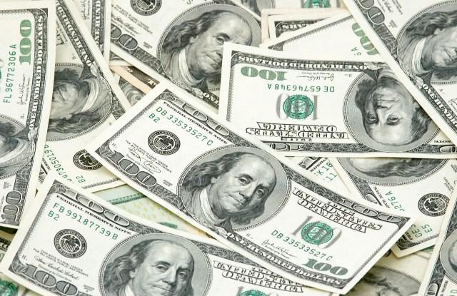 cash $100 bills