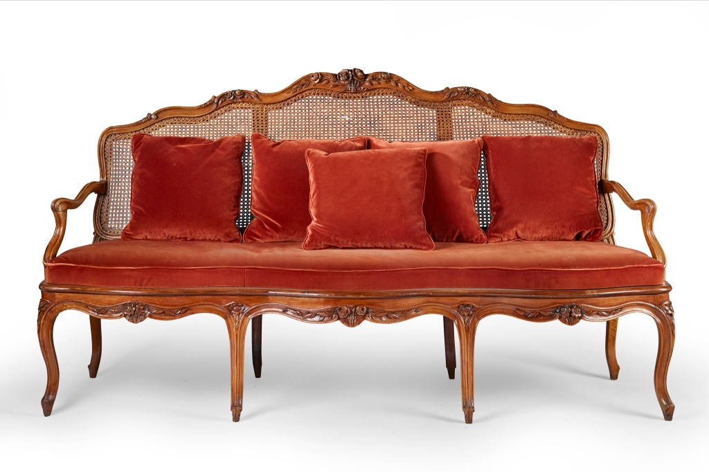 A Louis XV sofa from a Cartier store for the Artcurial sale.