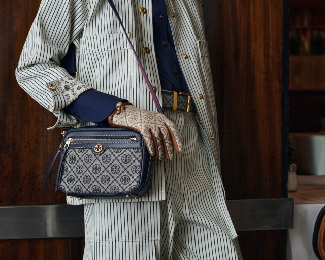Monogrammed bag, belt, and gloves from Tory Burch Fall 2021