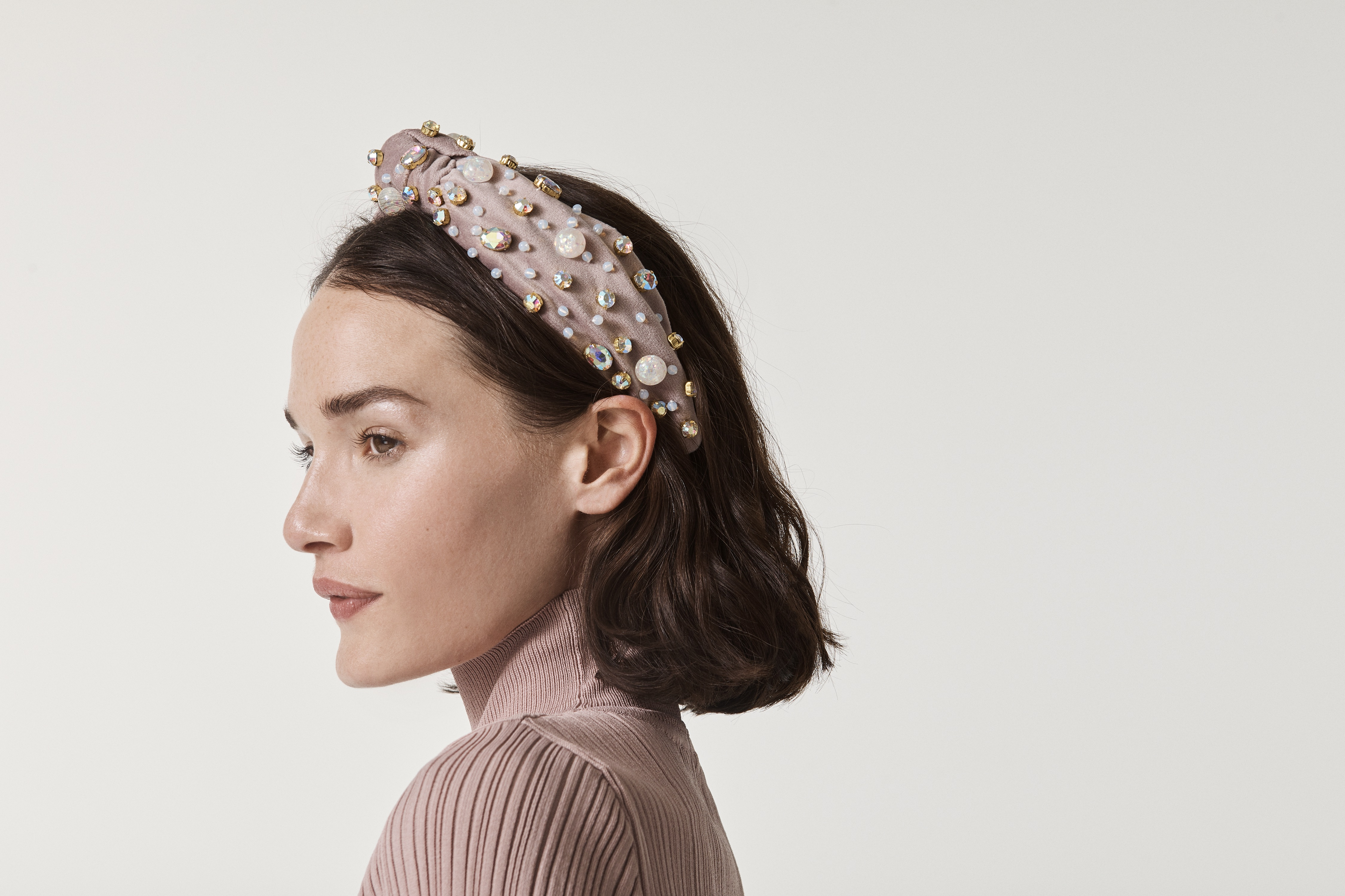 Why Headbands Have Been So Popular During the Pandemic