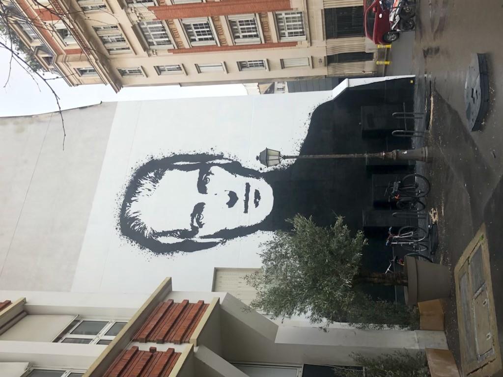 The mural of Hubert de Givenchy