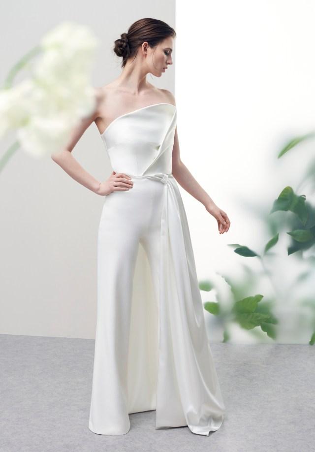 A look from Safiyaa Bridal Spring 2021