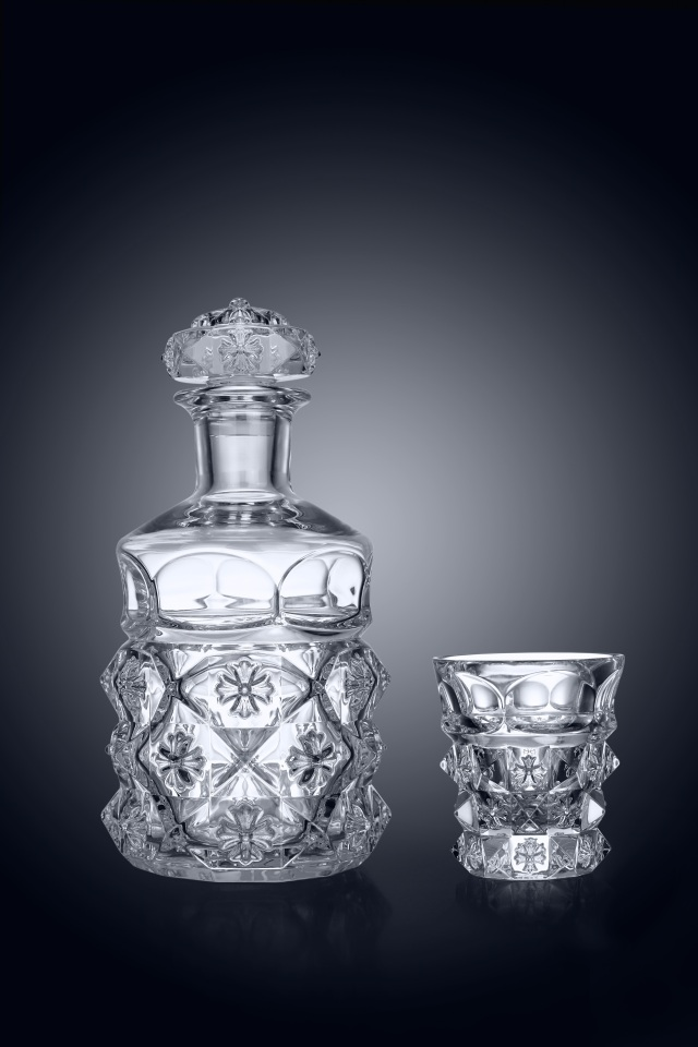 Chrome Hearts x Baccarat Pyramid Plus Decanter and Tumbler set.