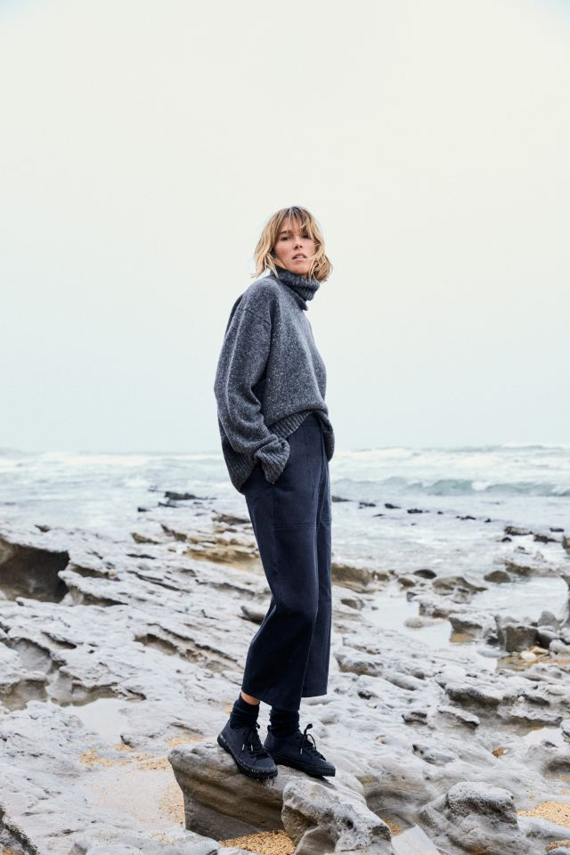 A look from the Ecoalf 1.0 women's fall 2021 collection.