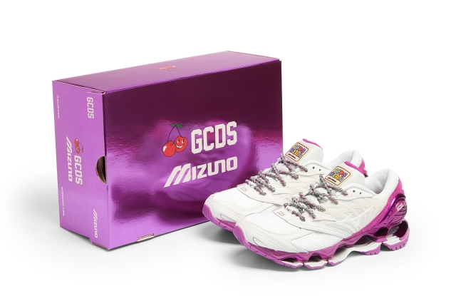 The GCDS x Mizuno Wave Prophecy sneakers.