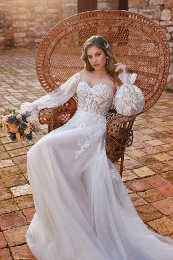 White One Bridal Spring 2022
