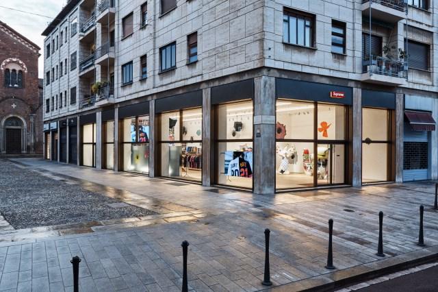Supreme store in Milan