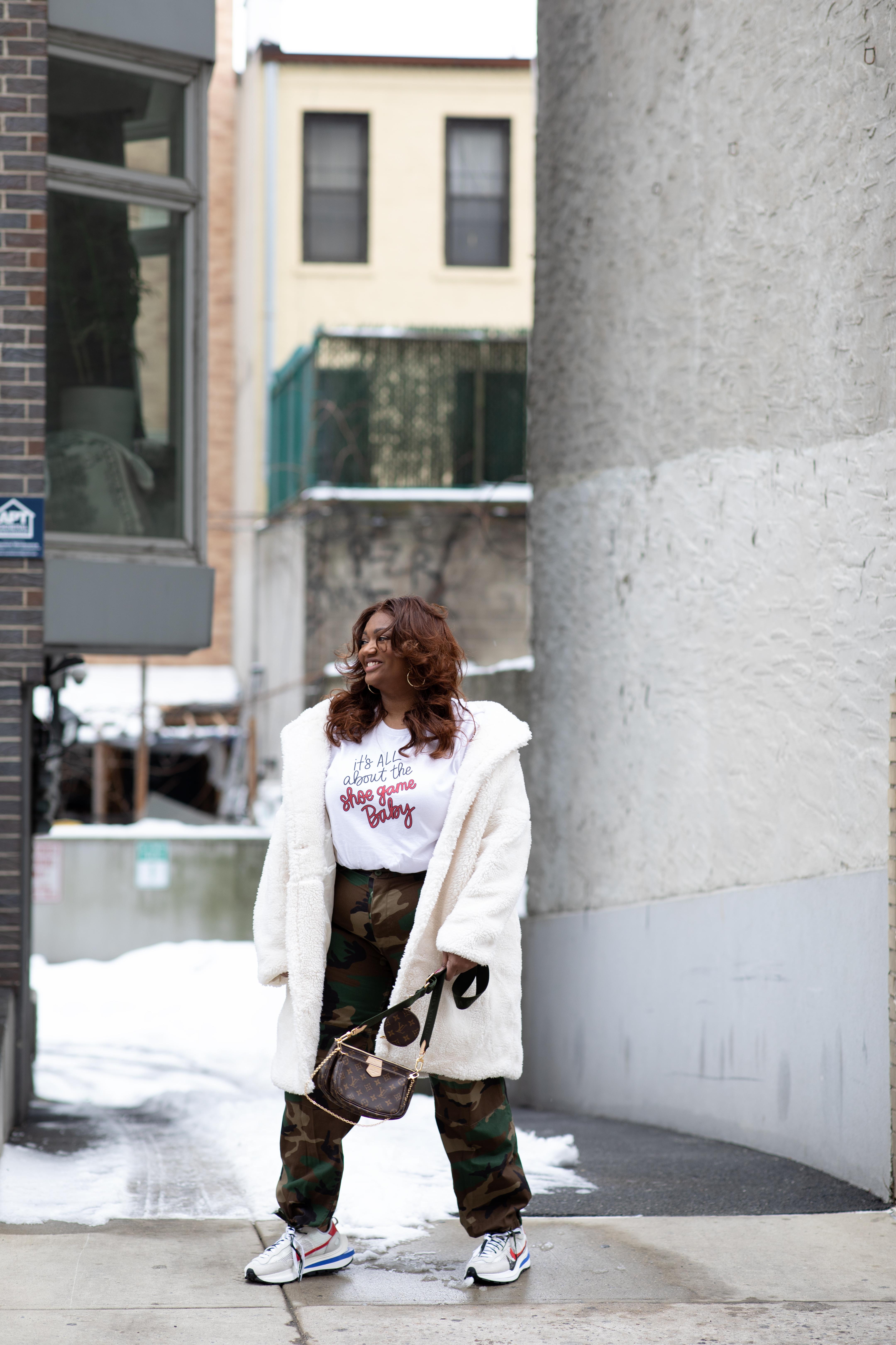 کتی الکسیس از بندهای ضخیم عکس مارتا اسکوورو
