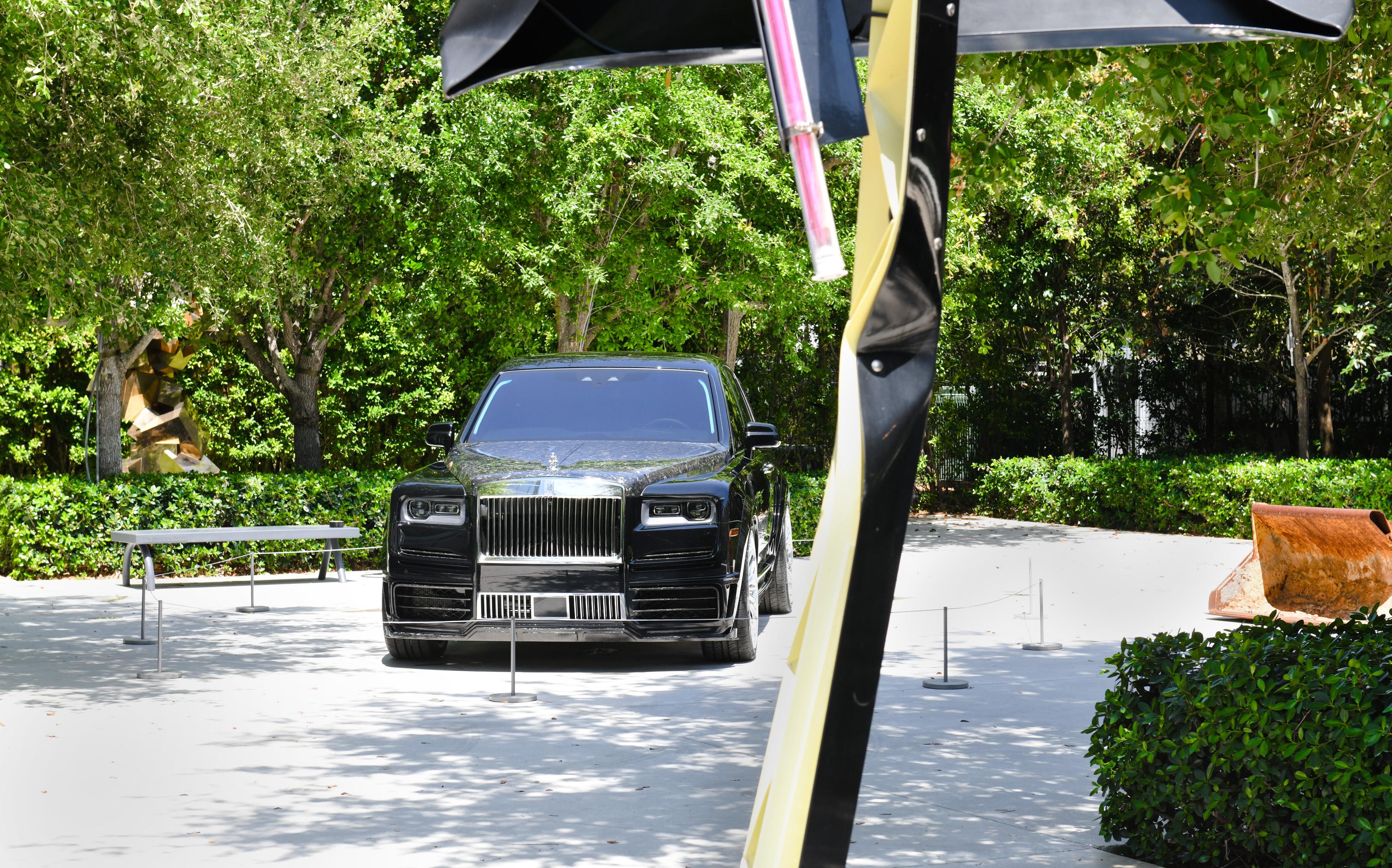 Drake Rolls Royce