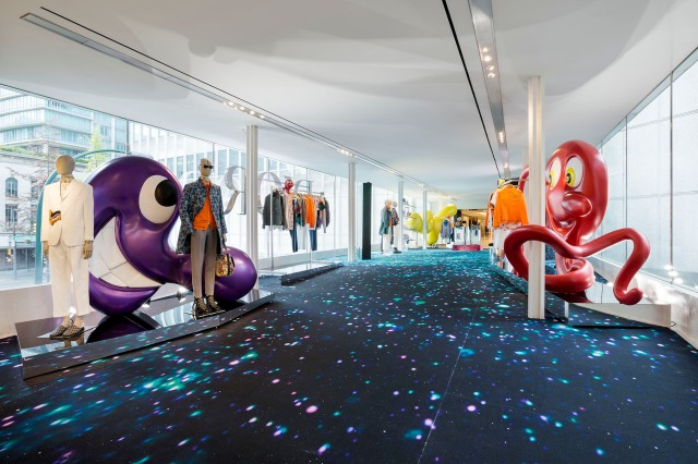 A look at the Dior Men X Kenny Scharf collaboration.